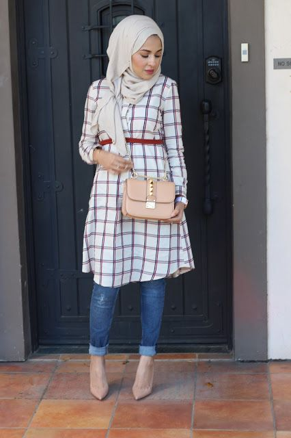 4-trendy-ideas-of-Tunik-with-jeans-and-hijab-5