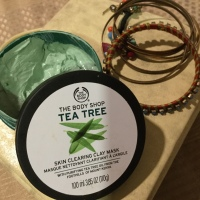 THE BODY SHOP TEA TREE MASK